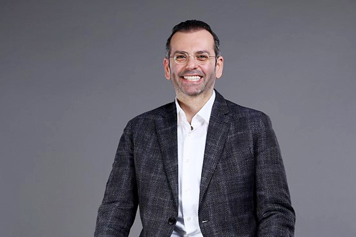 CEO indosat Ooredoo