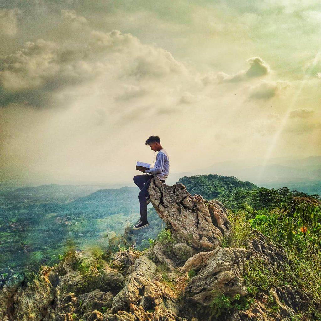 Puncak Lalana Gunung di Bogor