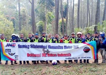 Komunitas Motor JNE yang dideklarasikan 2019 silam, saat ini sudah memiliki 5 chapter dengan total member aktif 123 orang yang tersebar di Jakarta, Bekasi, Cikarang, Bogor dan chapter Medan