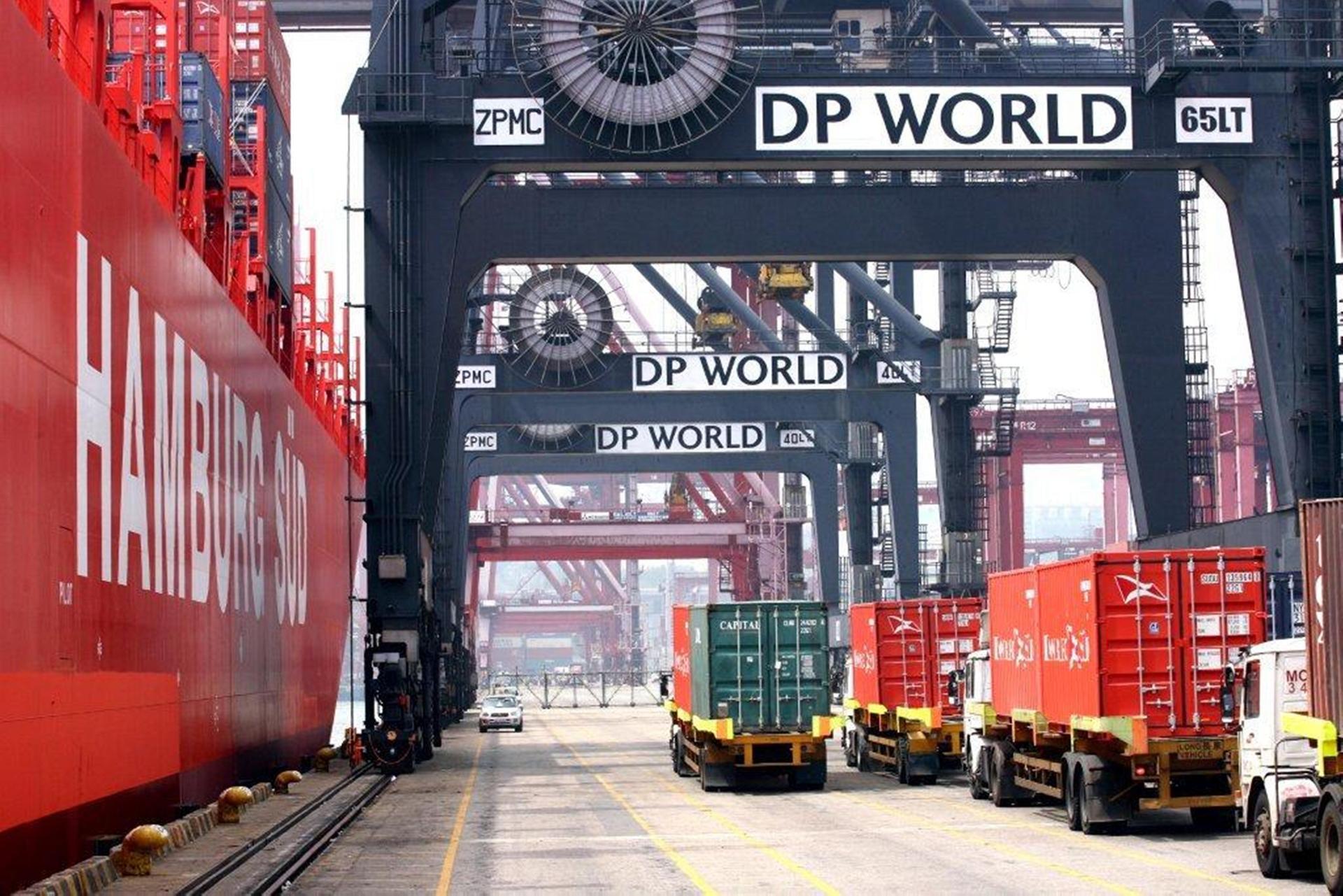 Manfaat World Logistic Passport
