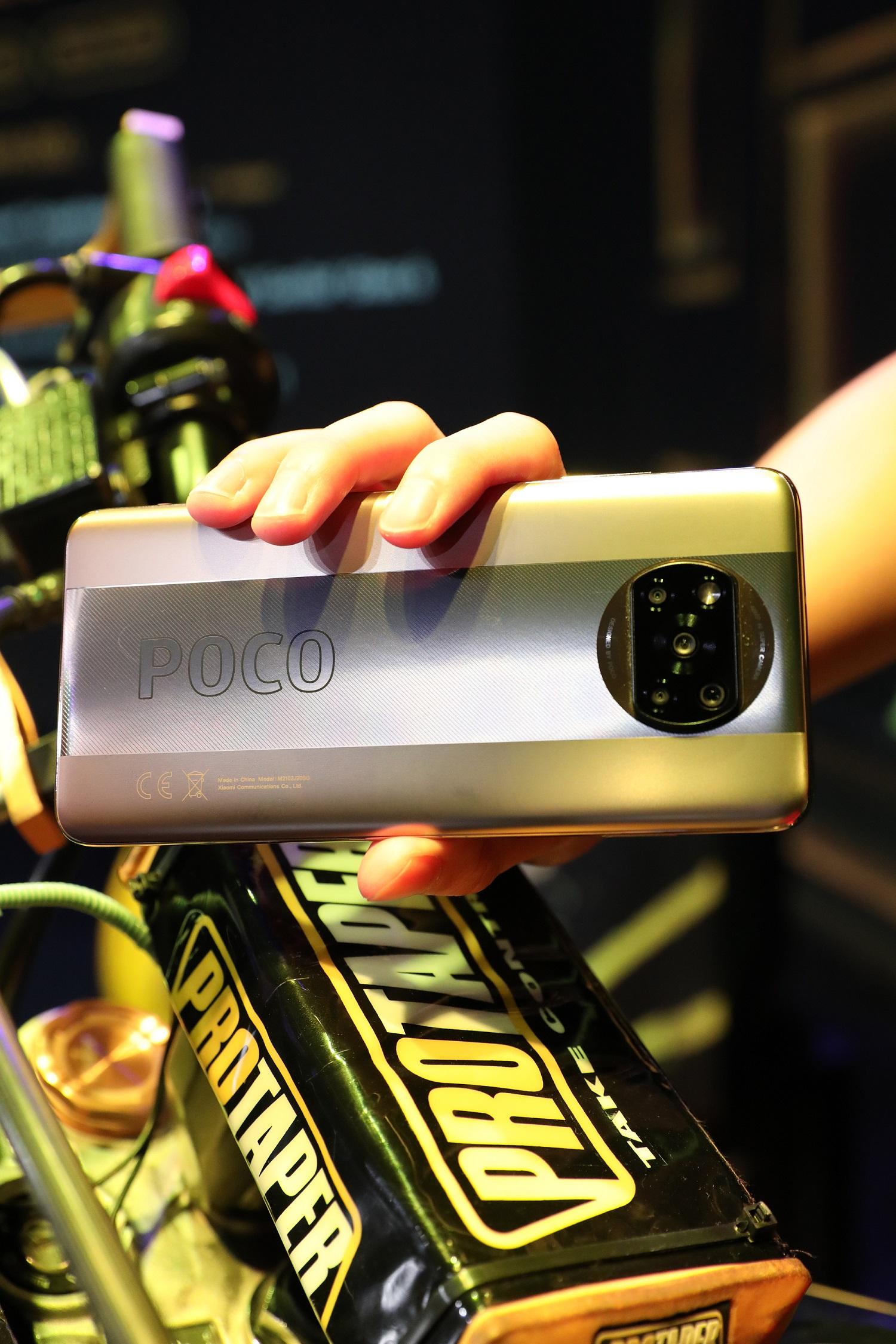 POCO X3 Pro performa buas dengan harga yang ekstrem.