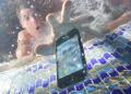 Ilustrasi HP masuk air
