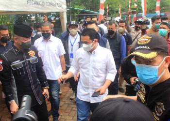 Wagub DKI Ahmad Riza Patria saat hadir dalam acara penutupan vaksinasi HDCI Peduli Bangsa